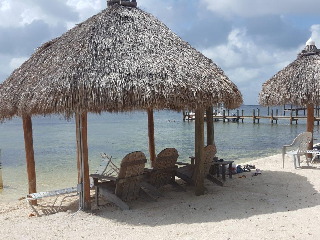 På stranden på tropiske Florida Keys
